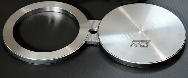 ANSI B16.5 / ASME B16.47 Spectacle Blind Flange Manufacturers in India