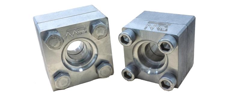 ANSI B16.5 / ASME B16.47 Square Flange Manufacturers in India